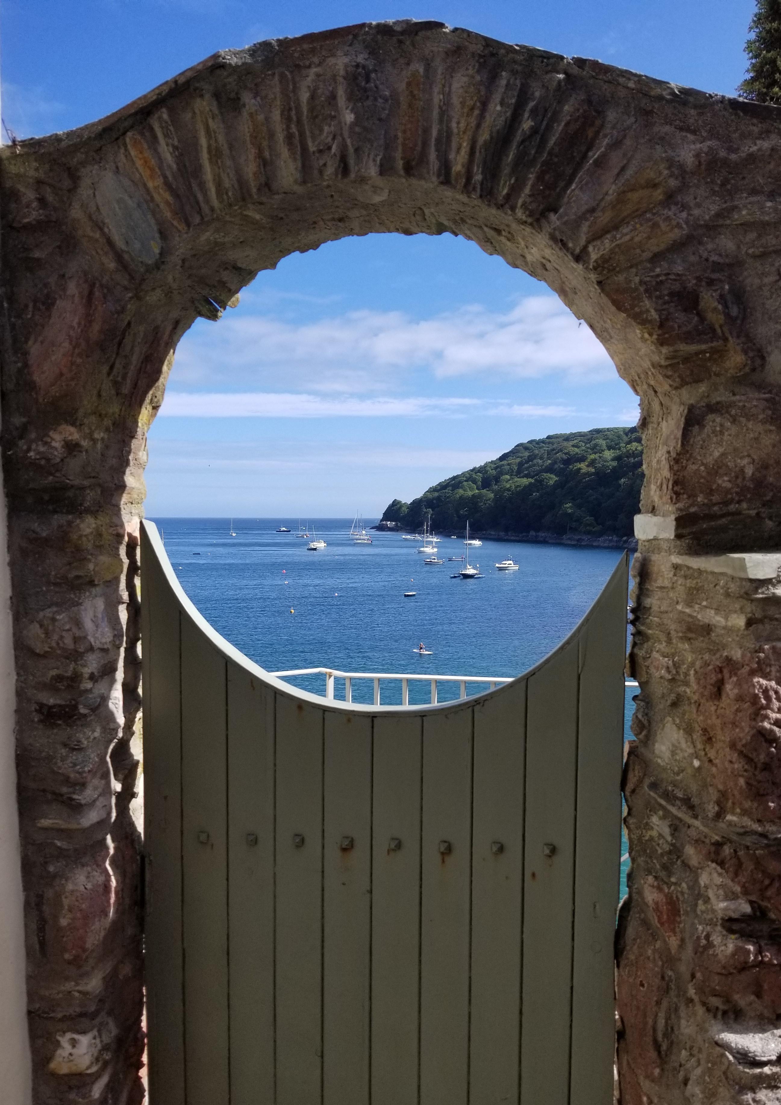 window-onto-the-sea-cornwall-e1540075120823.jpg